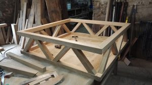 oak coffee table makers