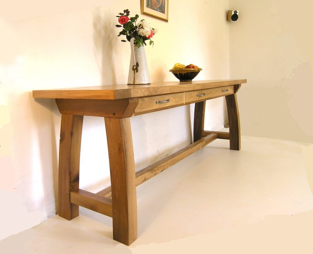 contemporary oak console tables bespoke hallway table. Black Bedroom Furniture Sets. Home Design Ideas