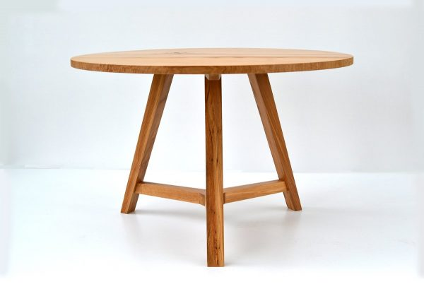 Handmade round oak dining table