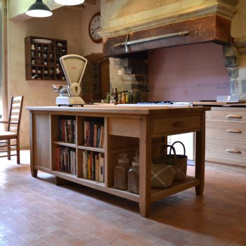Bespoke kitchen furniture france