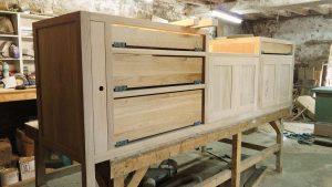 Oak kitchen unit on the workbench