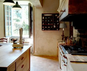 Bespoke kitchen cabinets handmade in France