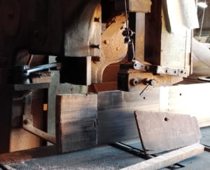 Lame detente a relaxed saw blade