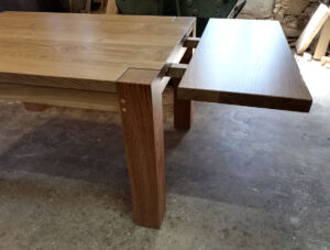 Extending table leaf for 6 seat table