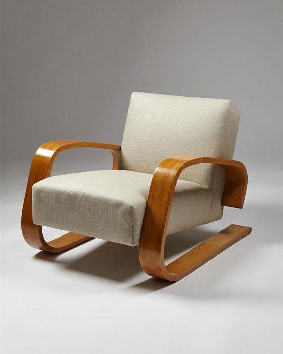 Tank chair by Alvo Alto