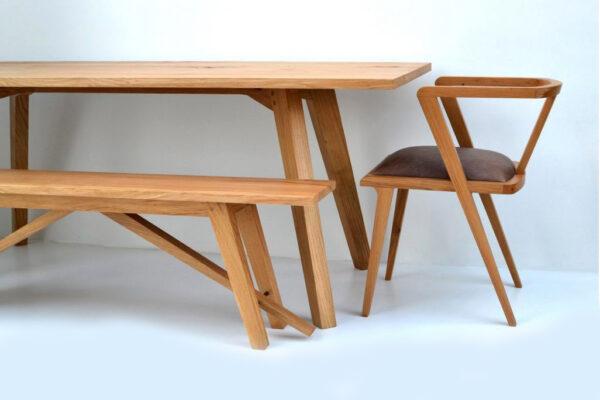 Chiswick oak kitchen table by Makers Bespoke Furniture