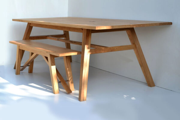 Scandinavian style dining table by Makers Bespoke Furniture