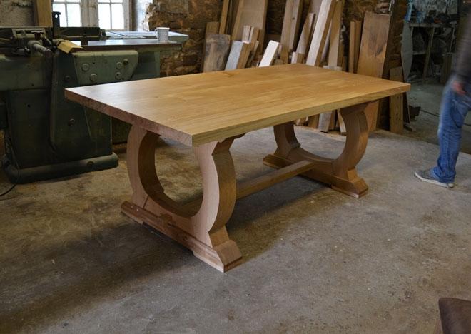 Bespoke dining tables France