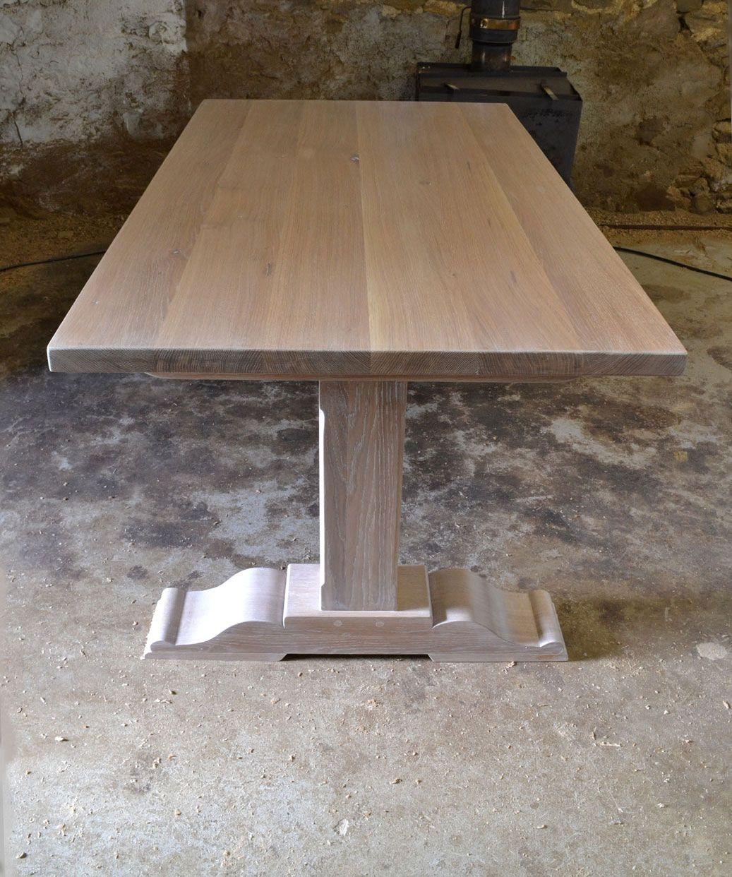 Table en chêne avec isoguard chalked oak treatment oil